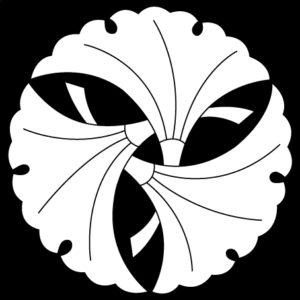 三つ組銀杏